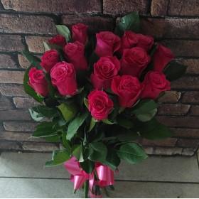 15 роз без упаковки под ленту
