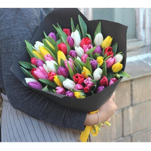 Тюльпаны в матовой пленке 3